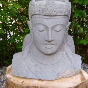 Dewi Kopf Stein