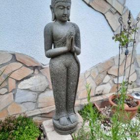 Buddha Figur stehend