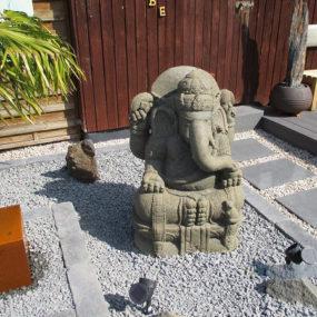 Ganesha Stein Statue Garten
