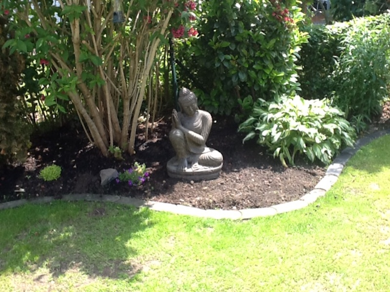 Buddha Figur träumend