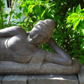 Buddhafigur liegend
