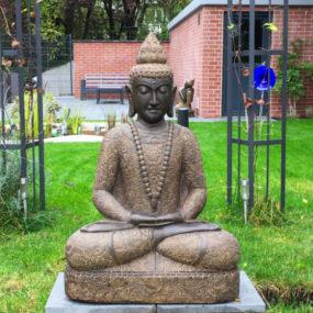 Buddha Figur Stein sitzend