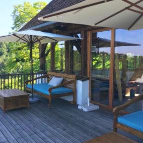 Bali Daybeds auf Terrasse