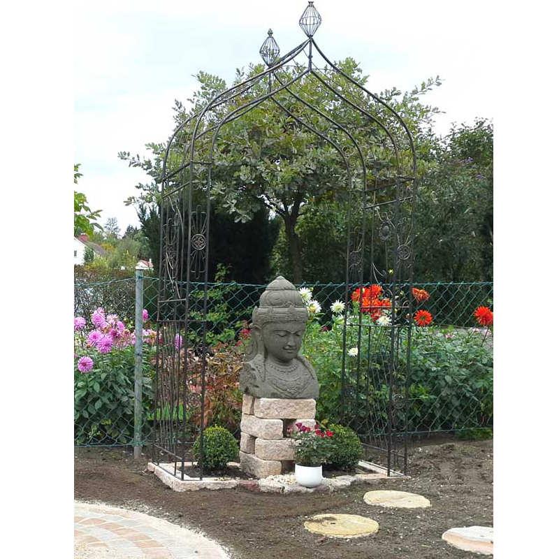 Dewi Büste Garten
