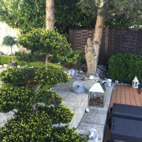 Dewi Sri Statue Garten