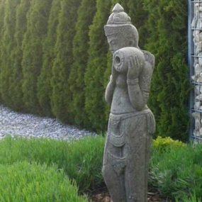 stehende Dewi Statue