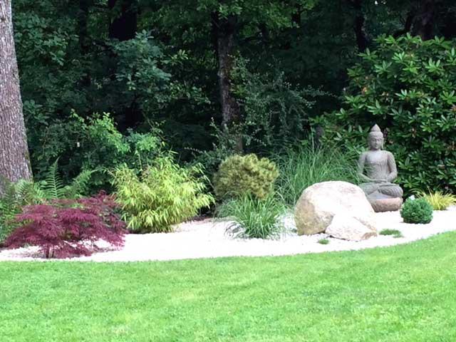 Buddha grüner Lavastein Garten