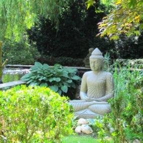 Buddhafigur Lavastein Garten