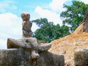Sumba Steinstatue