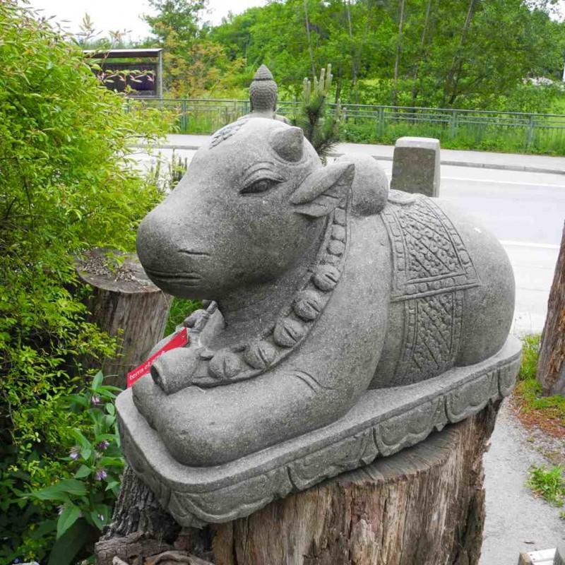 Nandi Figur Shivas Stier grüner Lava Stein 75 cm