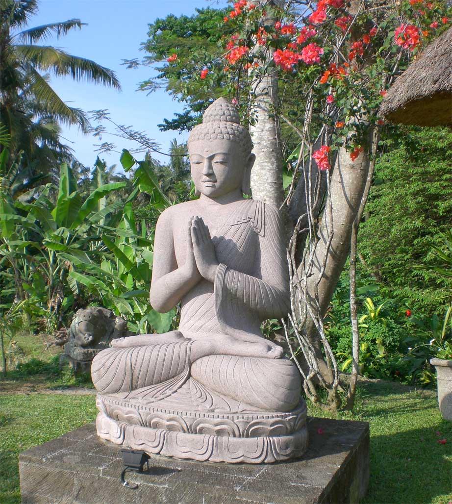 Steinbuddha Bali Garten