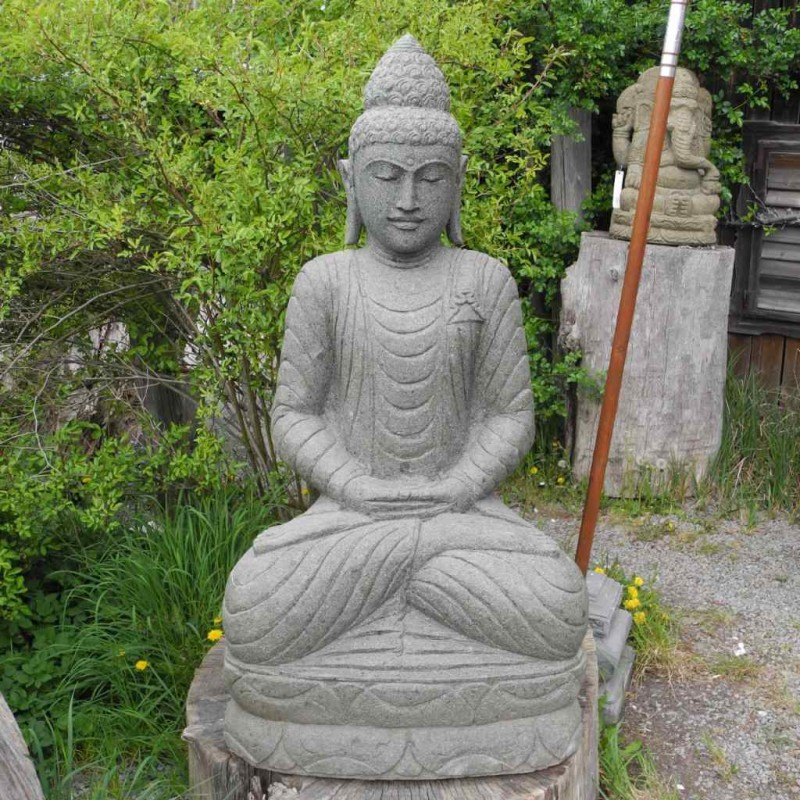 Buddhastatue mit schlanker Silhouette grüner Lava Stein 120 cm