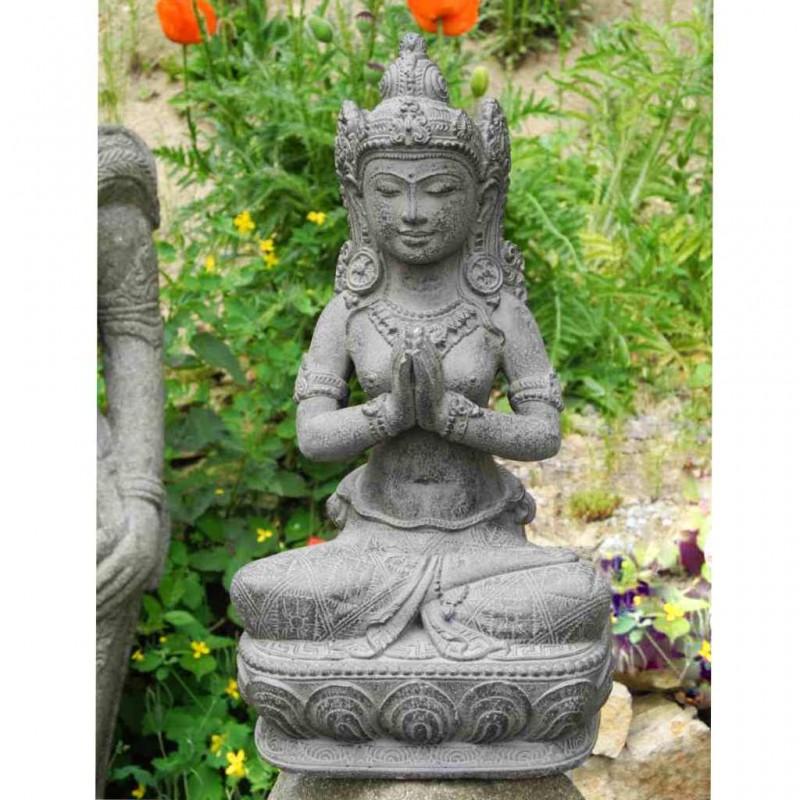 Dewi Figur mit Willkommensgeste Steinguss grau 40 cm
