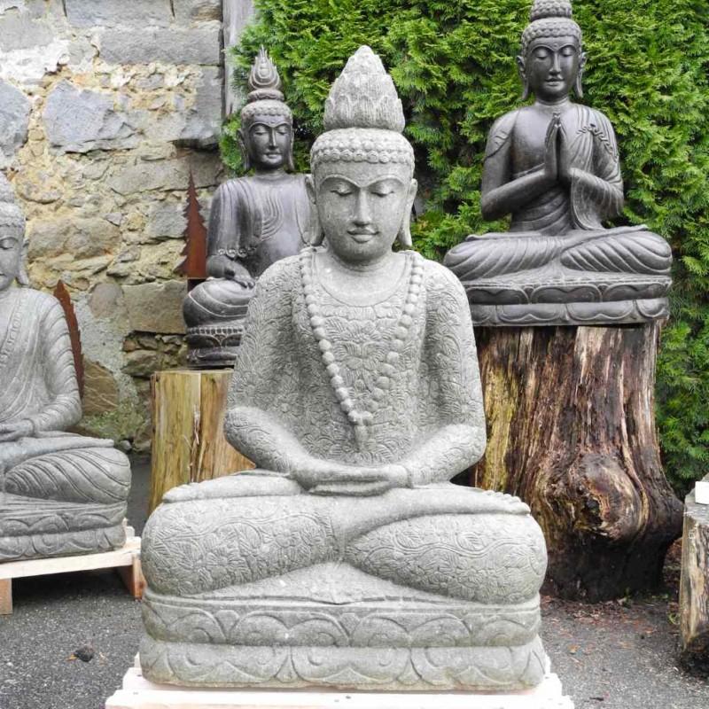 Lotus Buddha mit Mala und Blumenkleid grüner Lava Stein 120 cm